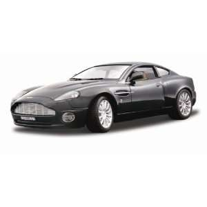 2002 Aston Martin V12 Vanquish diecast model car 118
