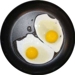 Eggs in Frying Pan Art   Fridge Magnet   Fibreglass